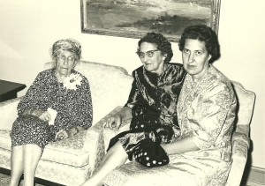 Hattie Fitzgerald w Margaret and Doris U