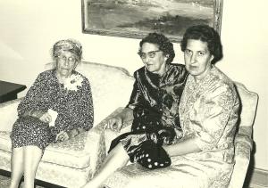 Hattie Fitzgerald w Margaret and Doris U